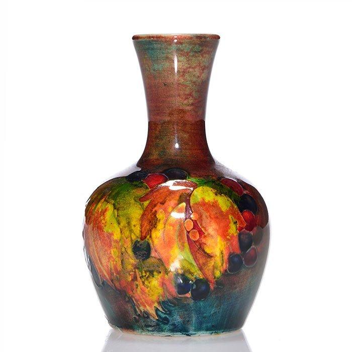 "Moorcroft Flambe' vase, leaf and berry, 3 3/4"""