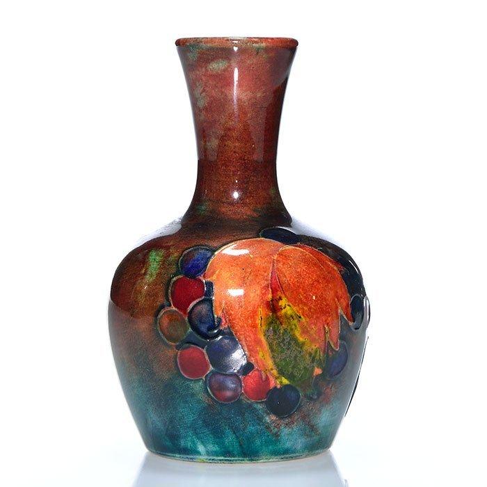 "Moorcroft Flambe' vase, leaf and berry, 3 3/4"" - 2"
