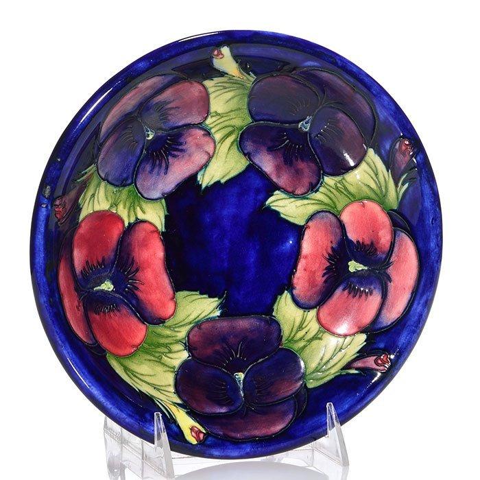 "Moorcroft plate, Pansy design, 8 1/2"""