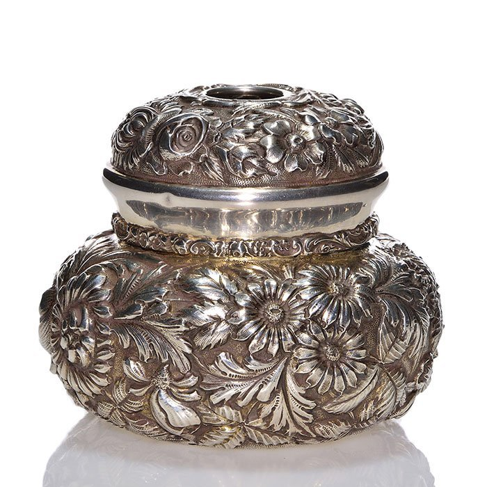 Stieff sterling repousse' Rose pattern hair receiver