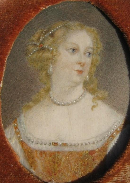 22: Portait of Lady with Pearls; Portrait of Lady