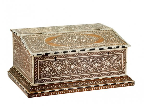 1: A LARGE INDIAN-COLONIAL IVORY INLAID WRITING BOX, PR