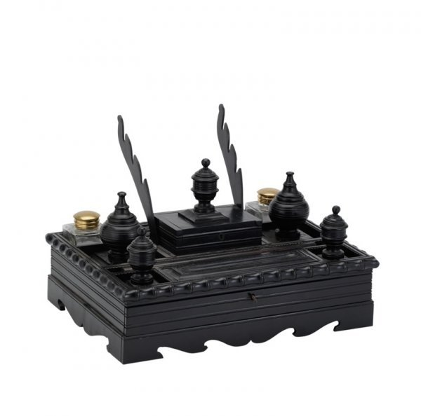 2: AN INDIAN COLONIAL EBONY DESK STAND, CEYLONESE, LATE