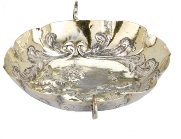 22: A GERMAN PARCEL-GILT-SILVER DISH, MAKER'S MARK INDE