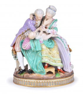 9: A MEISSEN (OUTSIDE DECORATED) GROUP 'THE HAPPY PAREN