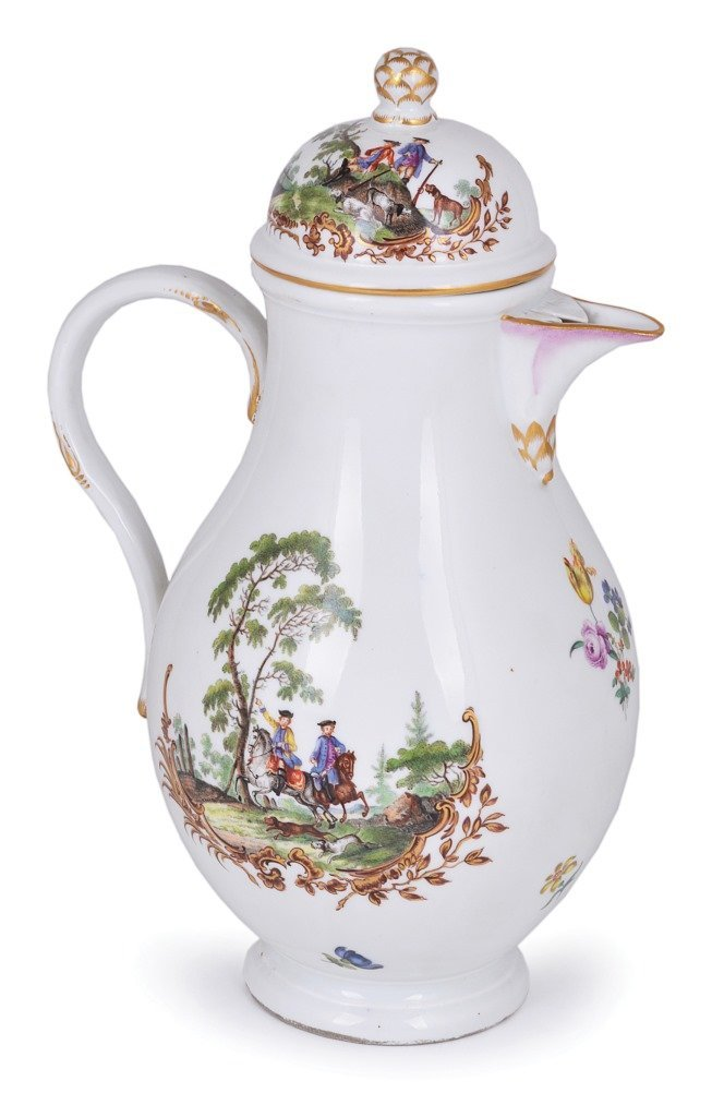 **A MEISSEN COFFEE POT AND COVER, ACADEMIC PERIOD,