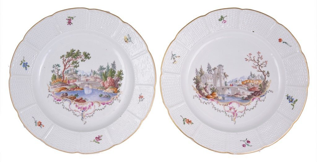 A PAIR OF LUDWIGSBURG PLATES, CIRCA 1770 each painted