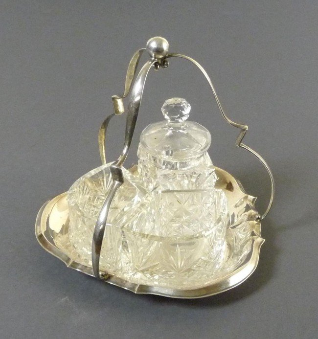 7: fine silver cruet stand with crystal glass
