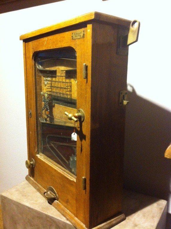 "573: Very Early Gambling Machine ""Bajazzo"" - 8"