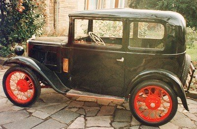 13: Austin 7, 1932 model, 747 ccm. approx. 17 hp, milea