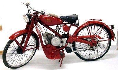 "17: Motoguzzi ""Guzzino"", red, 1st series, 65 ccm, 2 hp,"