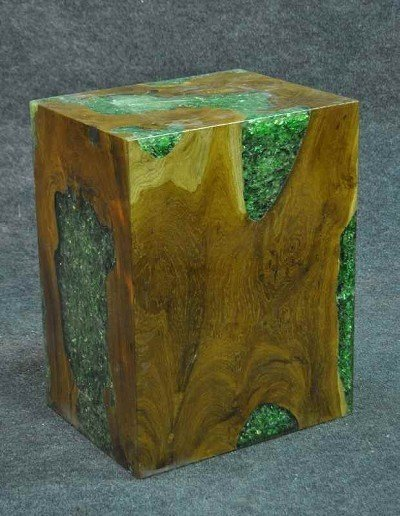 109: Plinth made of root wood, cavity filled with acryl