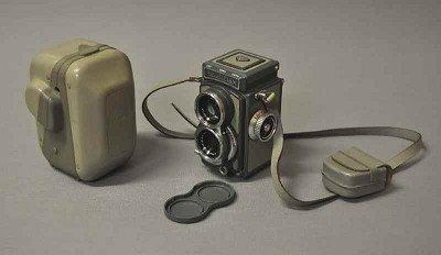 124: Rolleiflex 4x4, good condition, rare size, functio