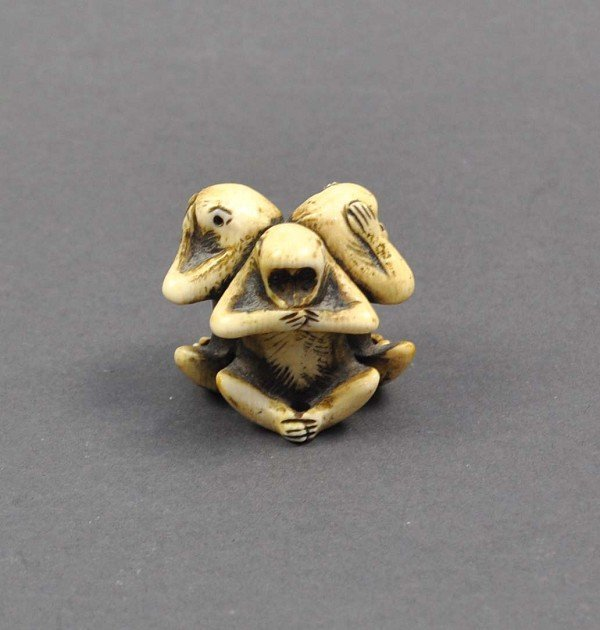"""Netsuke, """"Nothing to see, hear nothing, say nothing,"""" T"""