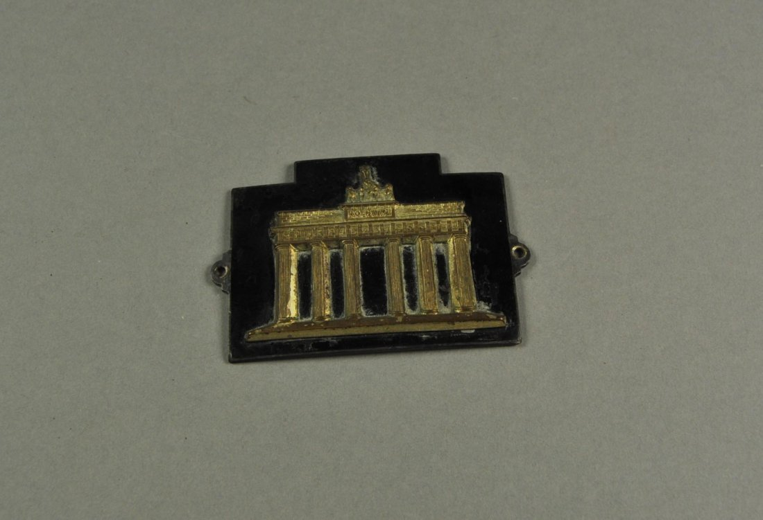 21: Car Badge: Brandenburger Tor, Berlin. Brass Enamel