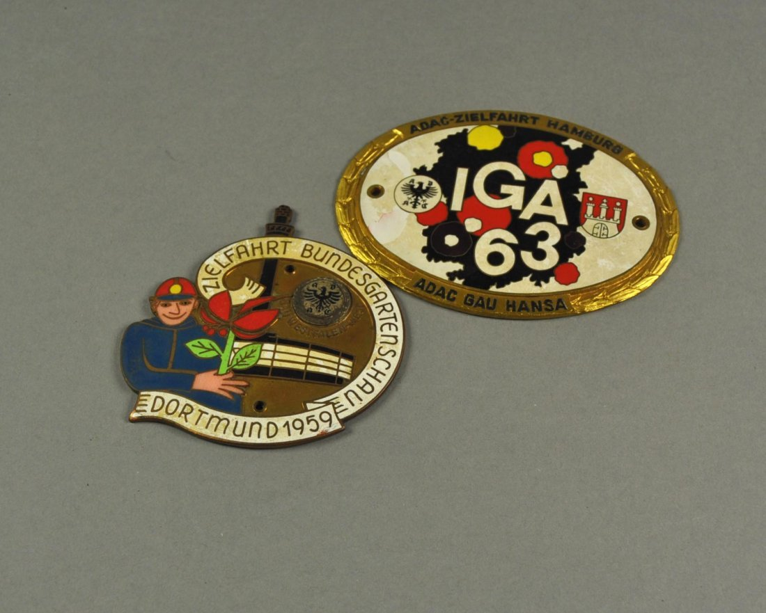 22: Lot of 2 Car Badges: IGA Hamburg 1963, BUGA 1959