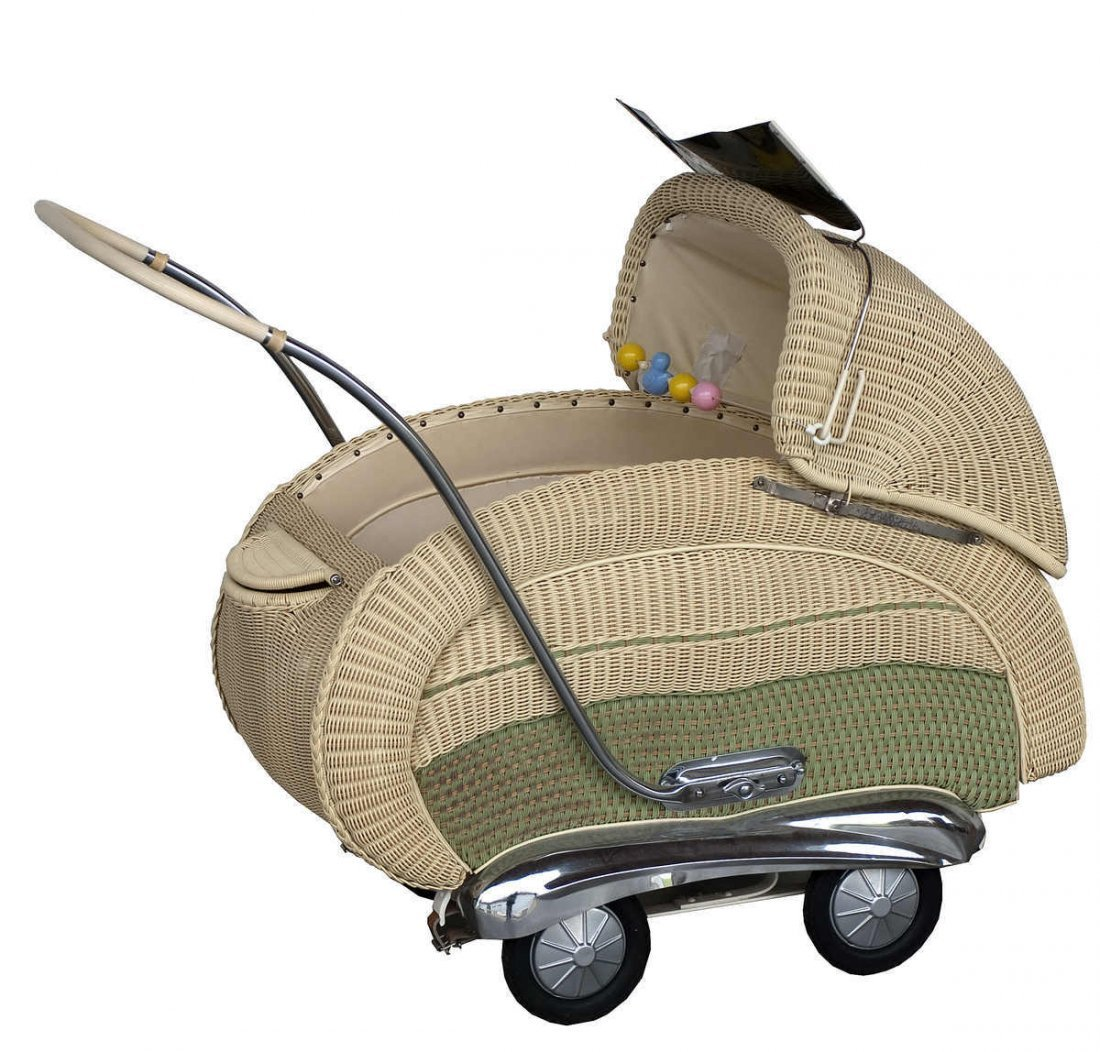 13: Stroller from the 50s, perfect condition, complete