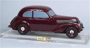 BMW 327 (326). Original Holzmodell der Konstruktion
