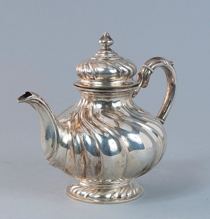 3: Teapot, 800'-silver, bottom marked with lily includi