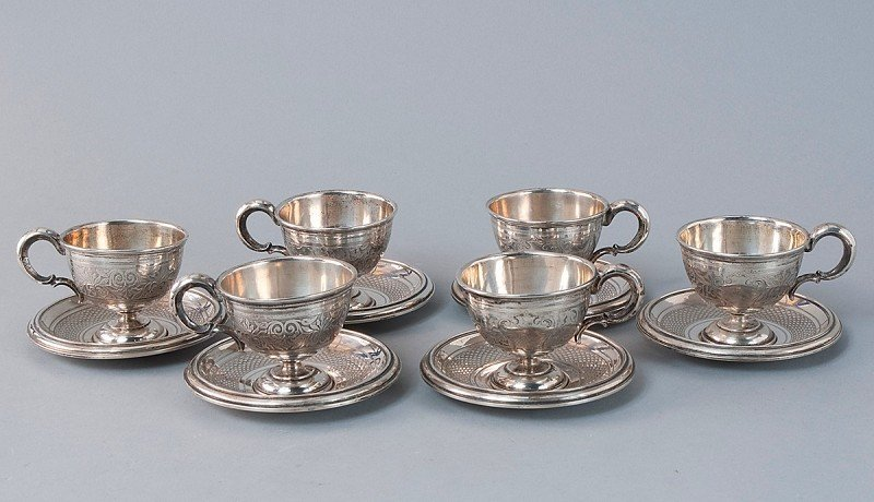 5: Lot of 6 espresso cups with matching saucers, silver