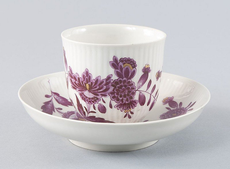 24: Marked cup with matching saucer, Zurich in 1765, cu