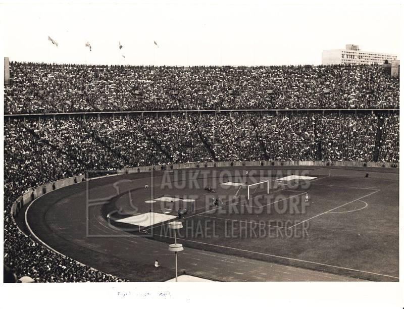 "12: ""Olympiastadion Berlin"", 14 Aufnahmen Originalarchi"