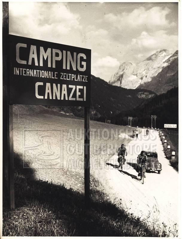 """13: """"Camping"""", 281 Aufnahmen Originalarchiv Hans Truöl,"""