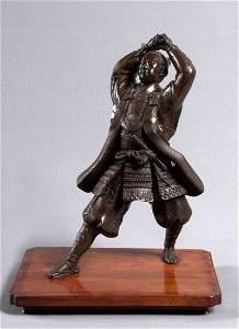 183: Samurai mit Katana, feine Bronzefigur eines japani