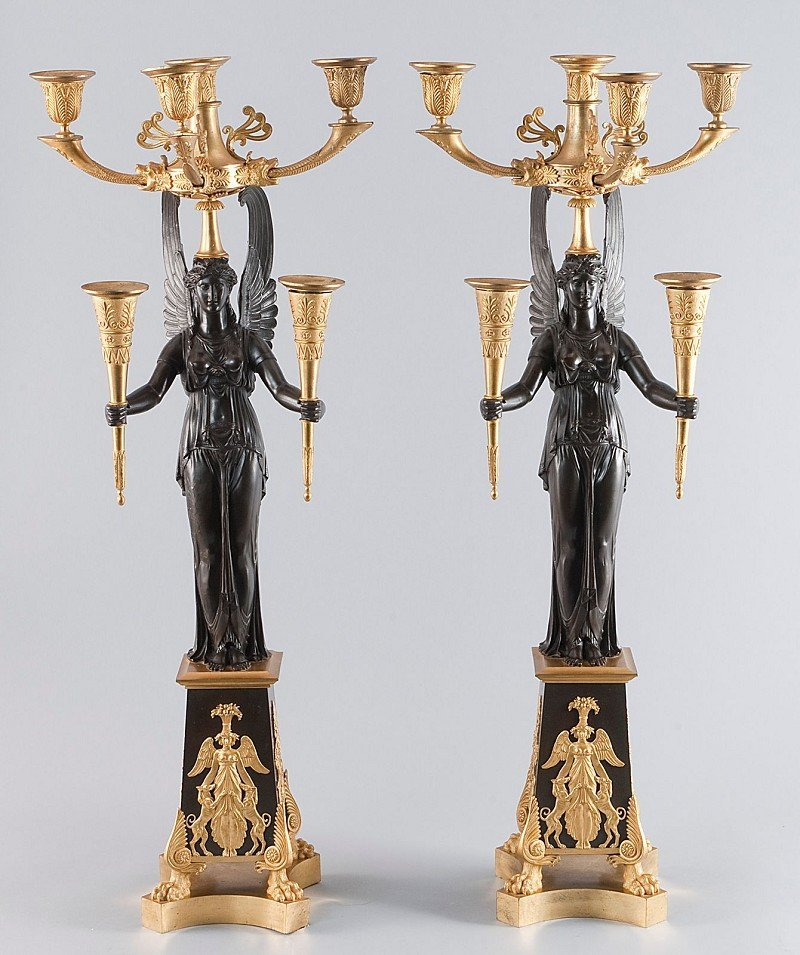 191: Seltenes Paar großer, repräsentative Girlandolen,