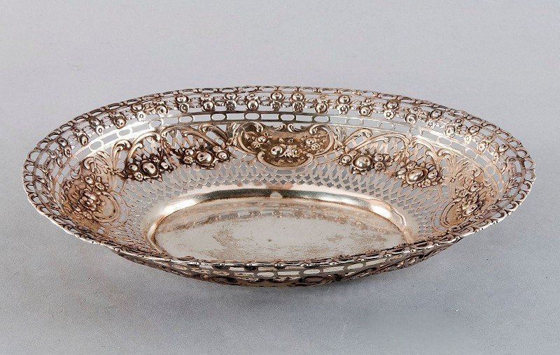 Rose Bowl, 800'-stamped silver, mirror smooth, curved b