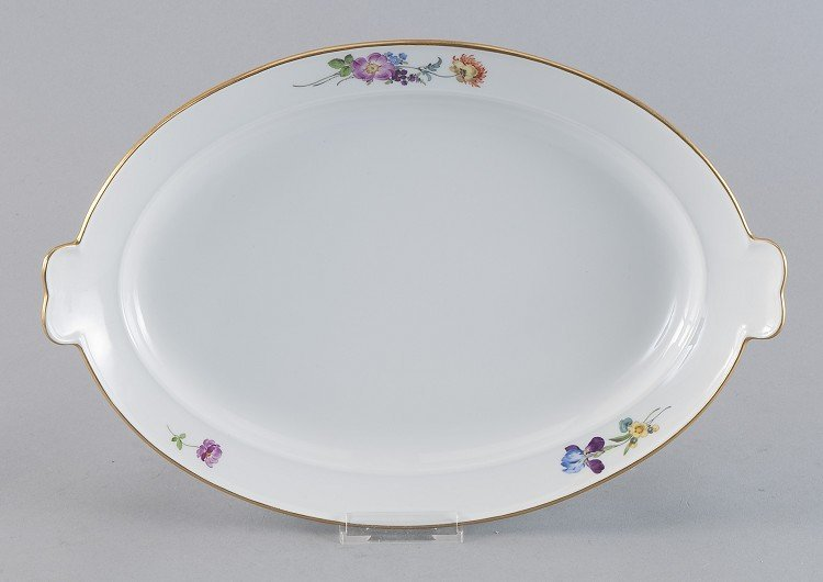 oval serving dish with side handle, Meissen, scattered
