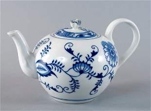 Teekanne, Karlsbader Zwiebelmuster, ungechipt,