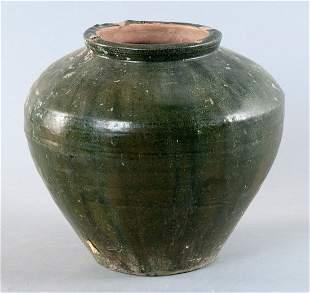 Bulbous pot, China, Han Dynasty (206 BC to 220 AD.)