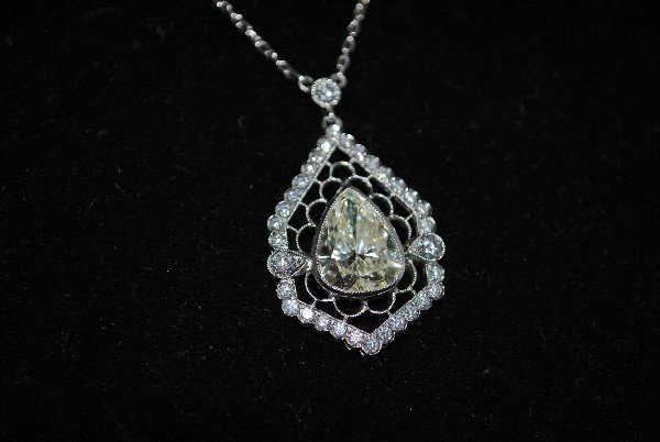 Diamond Filigree Pendant on 18K White Gold Chain