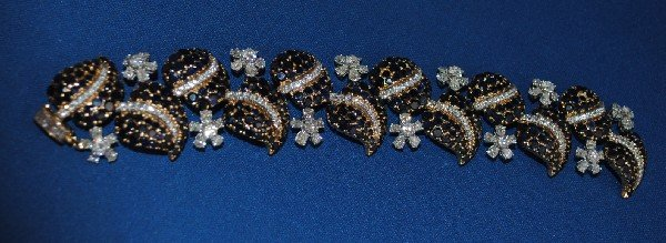 18K Gold Pave Sapphire and Diamond Bracelet
