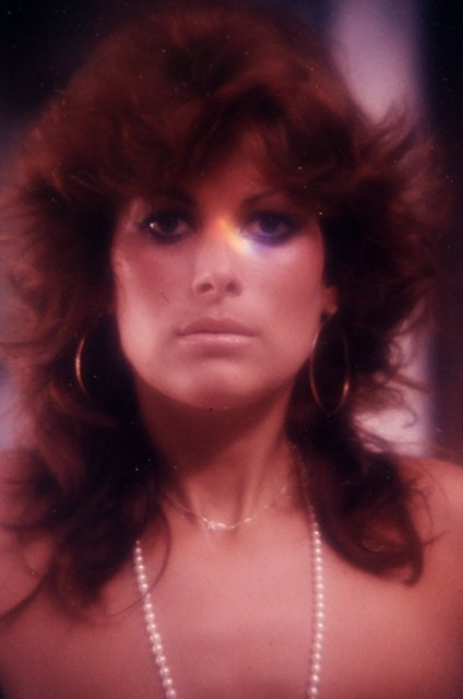 Bonnie Dee 1975 35mm By Bob Guccione - 2