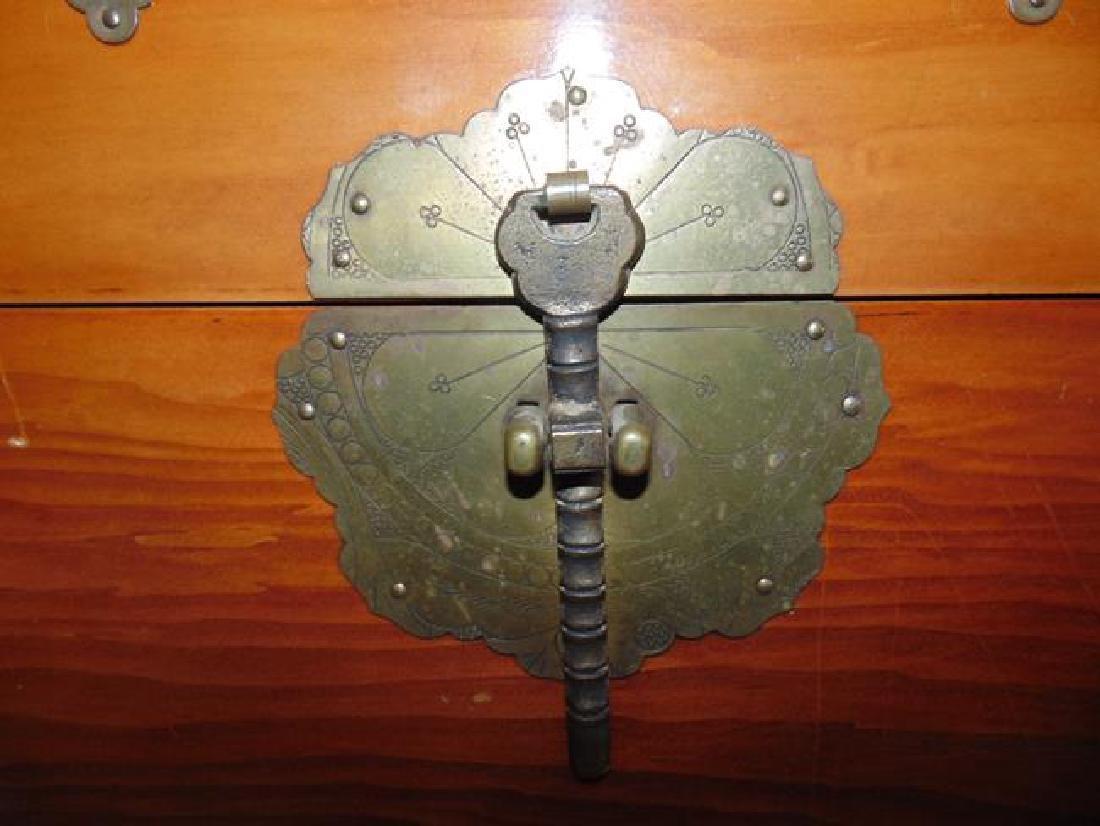 Oriental Trunk - 2