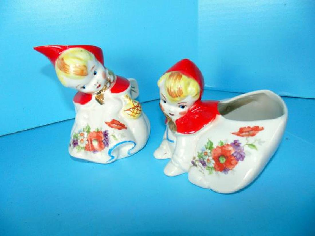 Hull Little Red Riding Hood Kitchen Set - 2