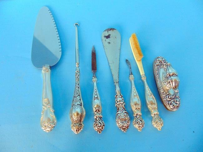 Sterling Silver Manicure Pieces & Cake Knife