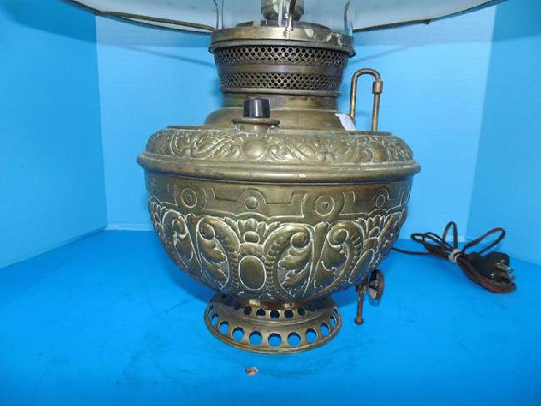 Large Brass Oil Lamp with - 2