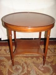 Kittinger Mahogany Round Table
