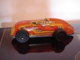 7: Captain Marvel  Tin Wind UP Car