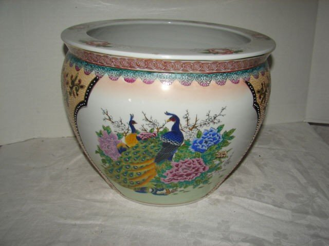 18: Oriental Fish Bowl with Peacocks