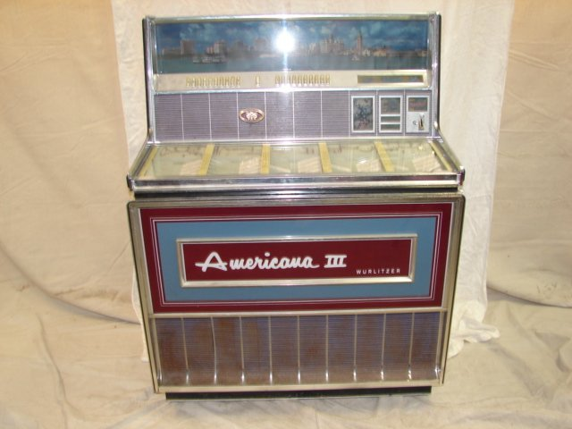 47: Wurlitzer Americana III Juke Box