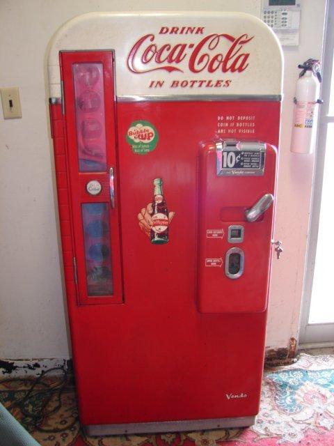 1950's Coca Cola 10cent Vendo Vending Machine