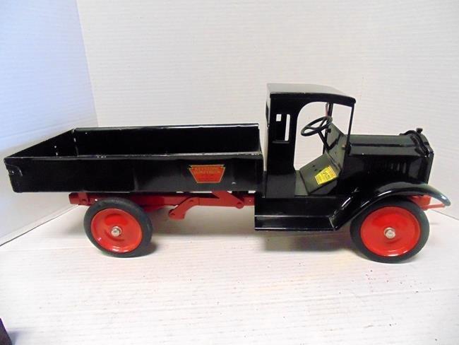 """Keystone Packard  Dump Truck 27"""""""