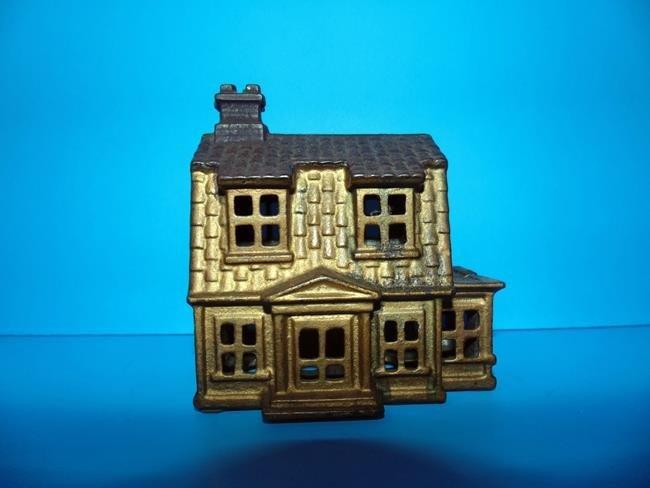 House Cast Iron Still Bank