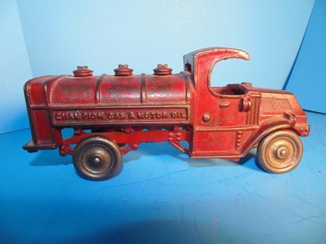 Champion Gas  & Motor Oil Cast Iron Truck