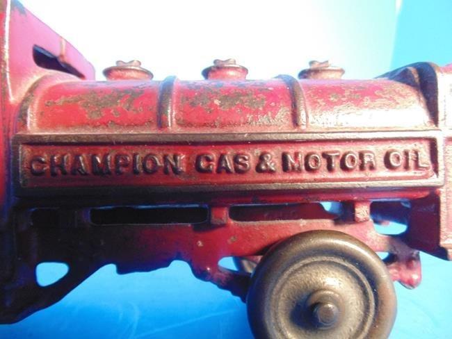 Champion Gas  & Motor Oil Cast Iron Truck - 4
