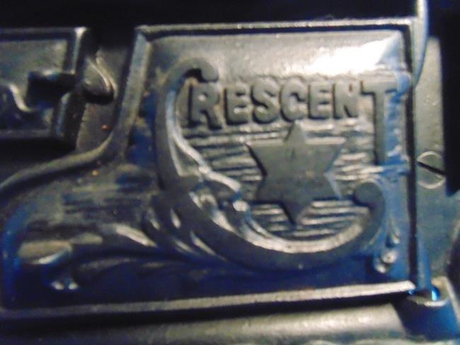 Crescent Cast Iron Toy Salesman Sample Stove - 2